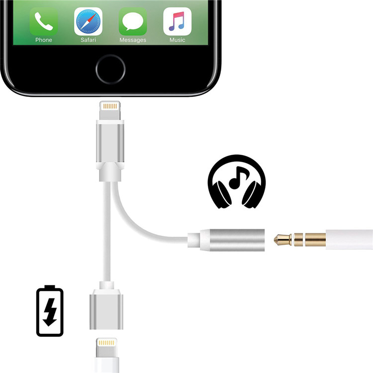 Lightning adapter to earphone